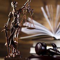 Нуждающимся судьям со стажем работы не менее 10 лет планируют предоставлять выплату для покупки жилья
