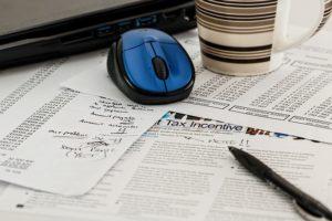 Как оформить кредит Тинькофф Банк: пошаговая инструкция, кто может стать клиентом и скрытые условия?