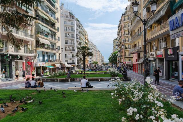 Гражданство болгарии через покупку недвижимости дубай квартиры купить