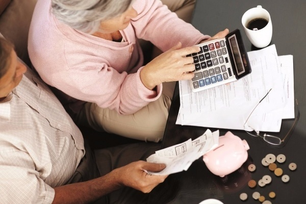 Неработающий человек может получить пенсию дата выхода на пенсию по дате рождения женщина калькулятор